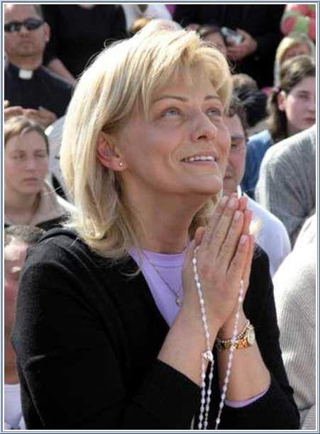 e21e327c8eb3a2347b6c14df2e9c8347--religious-photos-faith-prayer.jpg